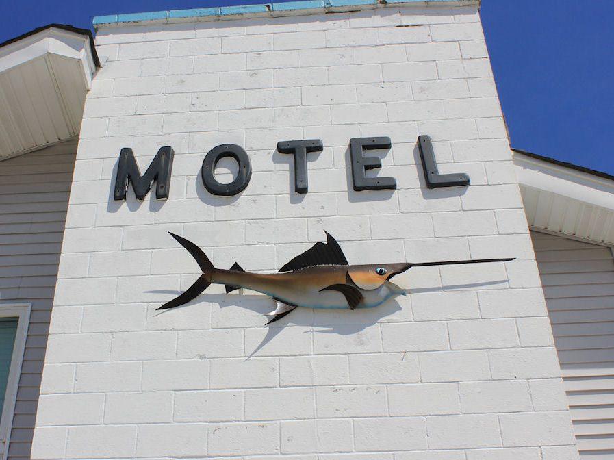 The North Shore Inn.jpg